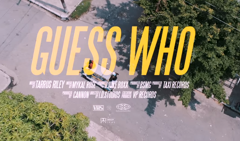 ZBRUSU NOVÝ VIZUÁL K SINGLU GUESS WHO – TARRUS RILEY FT. MYKAL ROSE